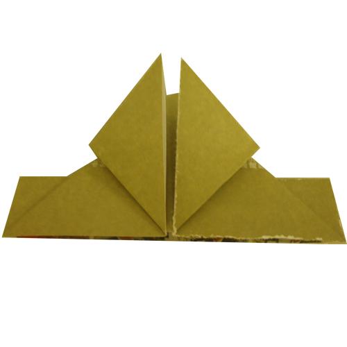 三角形放下来,变成两个正方形-第4课 心形 折纸入门 简单折纸教学